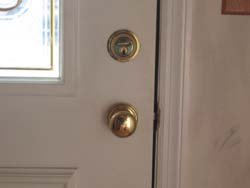 improper deadbolt lock